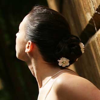 Bride with hair by Natasha